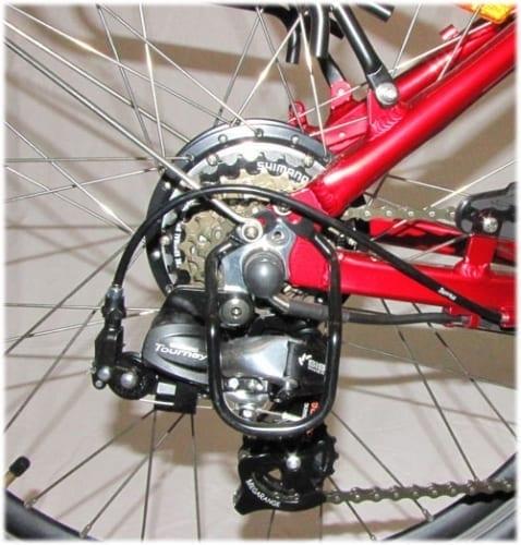 Shimano Tourney Detail Web