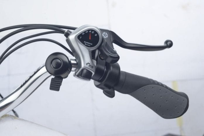 Axcess Hunter - Right hand side of handlebar
